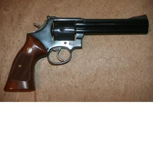 SMITH & WESSON 586 357 MAGNUM